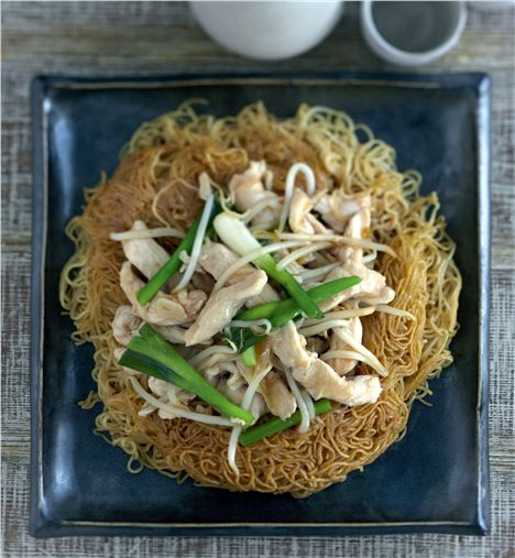 Chicken on Crispy Noodles from Ken Hom's Complete Chinese Cookbook