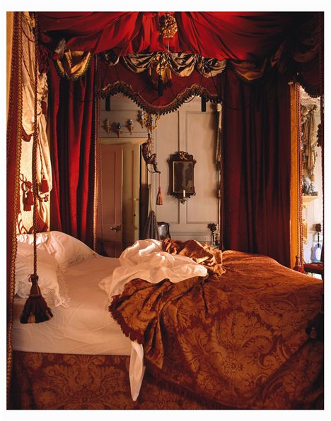 Dsh Master Bedroom Bed Detail James Brittain
