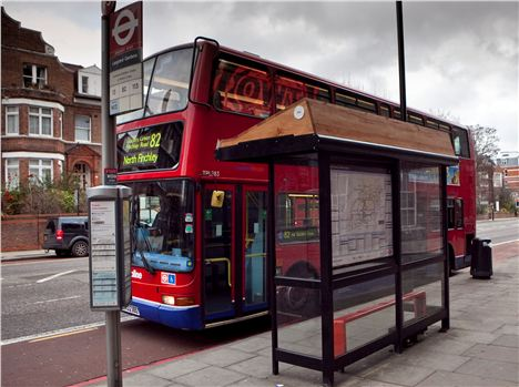 Bustops_Route82_Day