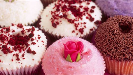 1,000 Free Cupcakes From Hummingbird Bakery